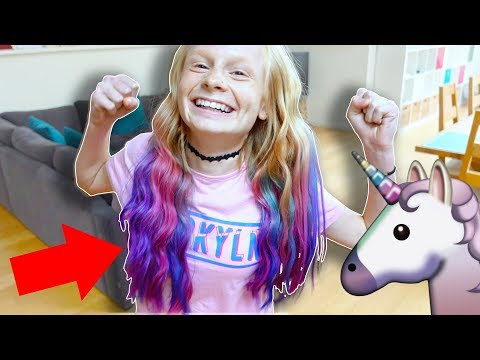 Thumbnail: DYiNG HER HAIR UNiCORN COLOURS!!! 🦄