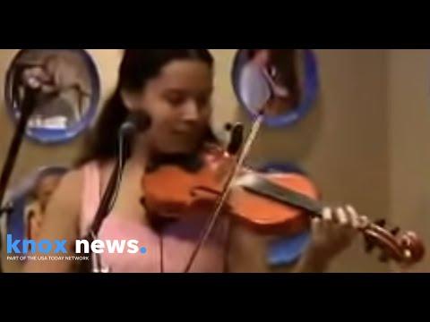 "Carolina Chocolate Drops performing ""Hit 'Em Up Style"""