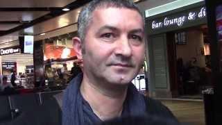 Edip Yüksel (T) Türkiyeli bir Papazla Londra'da söyleşi