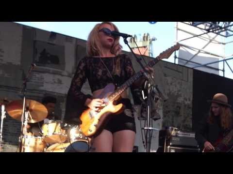 """Blame It On The Moon"" Samantha Fish  @ 2016 Portland Waterfront Blues Festival"