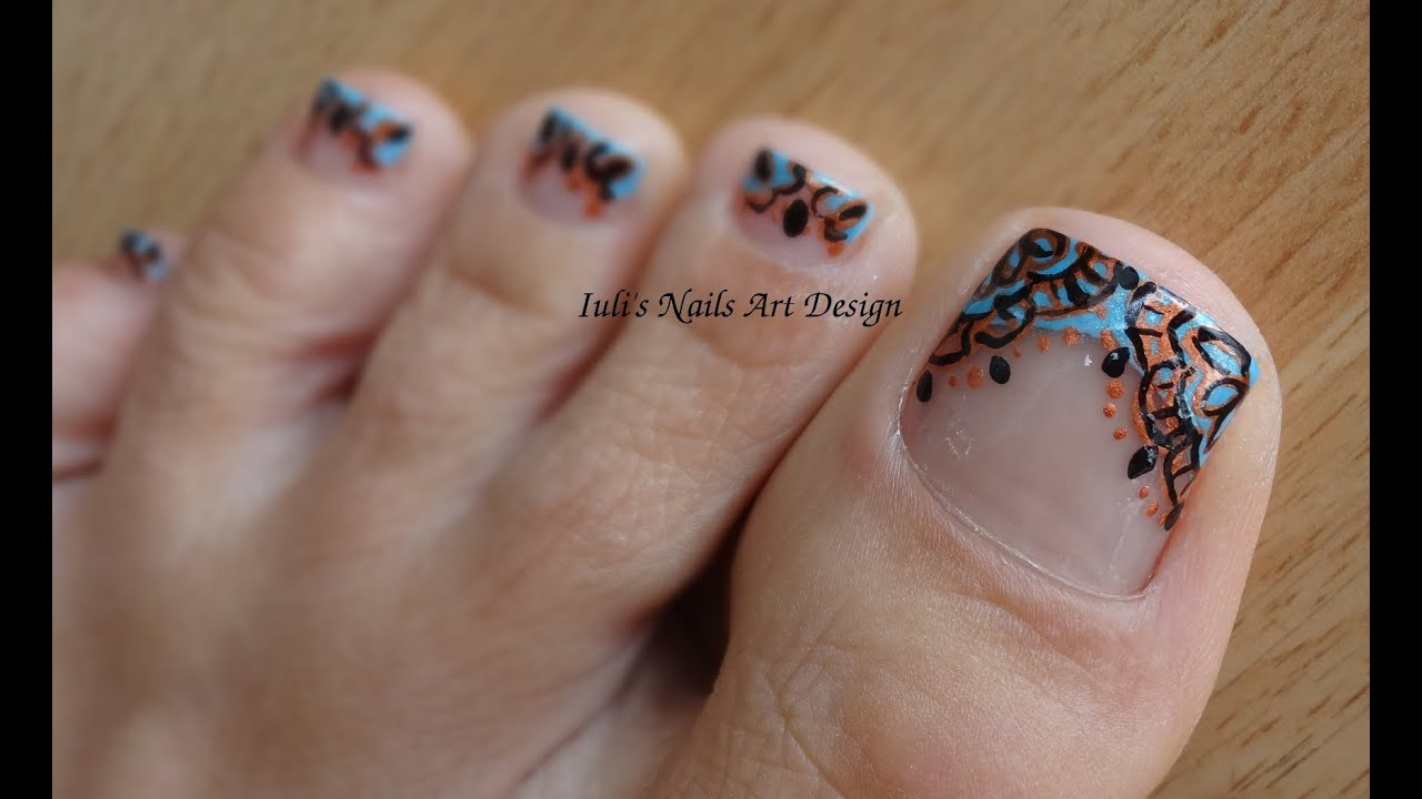 Toes art design Arabesque Embroidery French Pedicure ...
