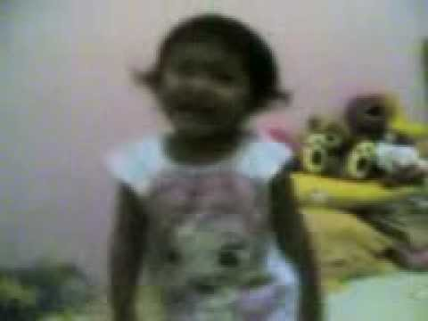 Keisha (2 years) - Si Gembala Sapi.mp4