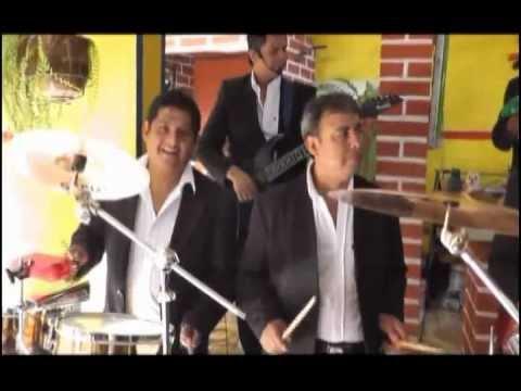Mix. Iracundos   -   Grupo Okapi                  (D.V.D  Vol. 5)