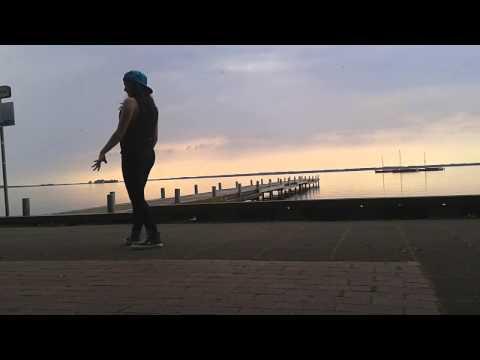 Cyne-400 years Dance video