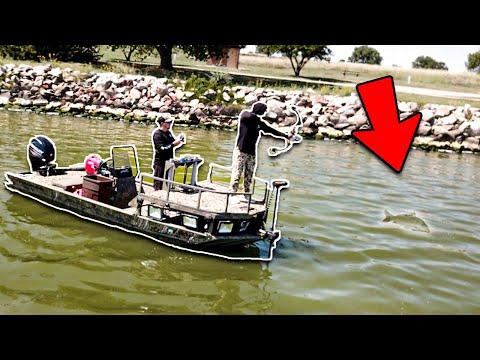 Bowfishing For INVASIVE Carp On The Rocks!!