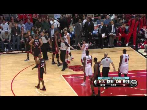 Norris Cole Flagrant on Kirk Hinrich