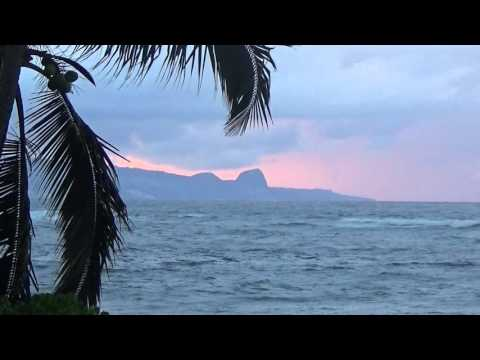 West Maui Sunset with the Sound of the Waves - Feb 2016