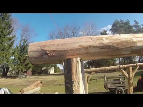 BUILDING WITH LOGS AND A CHAINSAW