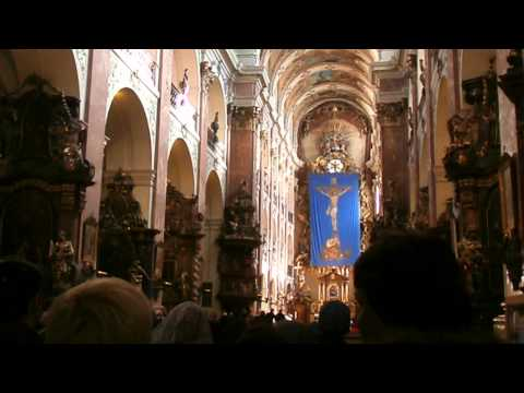 Prague, Church of Our Lady before Tyn - sounds authority (Прага, храм Девы Марии перед Тыном)
