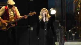 """Fleetwood Mac """"Seven Wonders"""" - live in Edmonton Nov.15, 2014"""