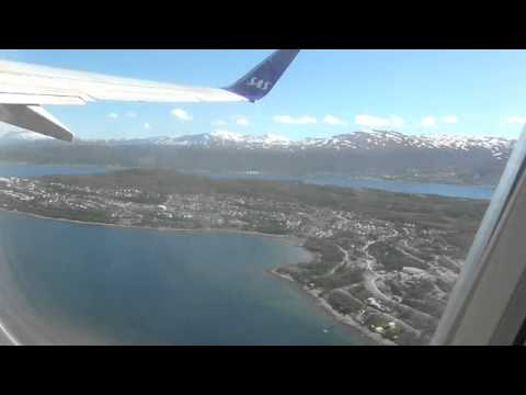 Flying SAS 737-600 from Oslo to Spitsbergen Above the Arctic Circle