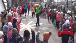 Видео Тополёк День Здоровья(, 2015-04-08T12:00:16.000Z)
