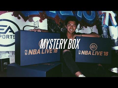 EA SPORTS GAVE ME A MYSTERY BOX!!!