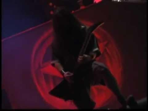 Pantera feat. Sully Erna from Godsmack - Walk