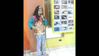 Exposición de peces para niños