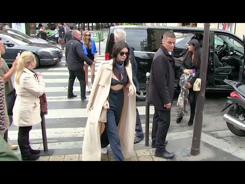 Cara Delevingne Gets A Laugh Out Of Pushing Paparazzo In Paris