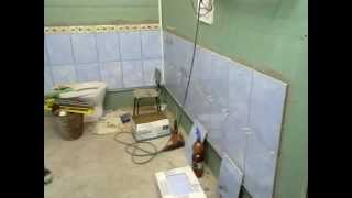 Ванная комната в деревянном доме(Как сделать ремонт в ванной комнате своими руками., 2012-04-18T20:07:11.000Z)