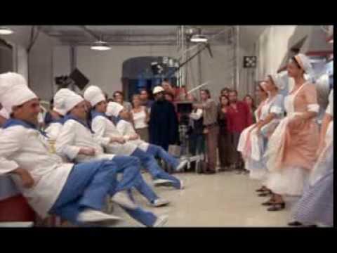 """""""Έξω οι κλέφτες"""" (1961) + """"Aprile"""" ~ Nanni Moretti (1998) = """"Why Wait Mambo"""" (1958)"""