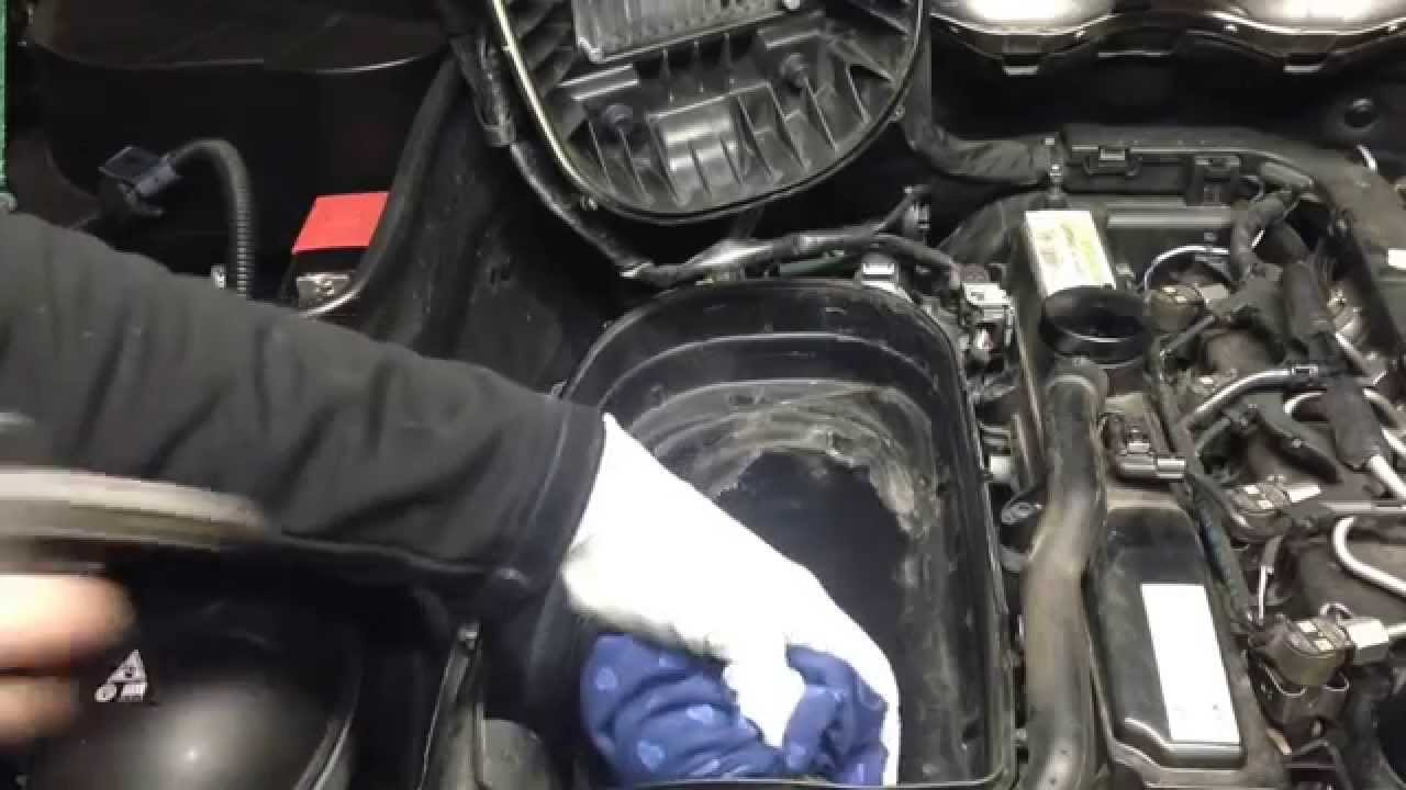 ( MERCEDES BENZ GLK )( How to Air Filter replacement
