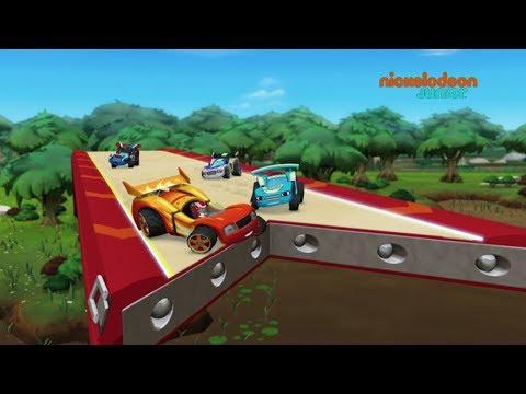 Blaze et les Monster Machines | Les voitures de course | NICKELODEON JUNIOR