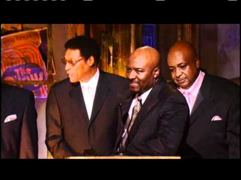 O'Jays accept award Rock and Roll Hall of Fame Inductions 2005