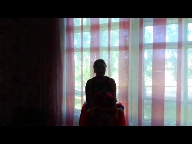 Изображение предпросмотра прочтения – АлисаМуха читает произведение «Мурка, не ходи, там сыч» А.А.Ахматовой