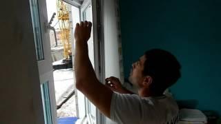 Установка детской защиты на окно. Компания МастерОК, г. Пермь(, 2017-04-12T16:35:13.000Z)