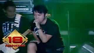 Download lagu Five Minutes - Selalu Menunggumu (Live Konser Salatiga Sumut 14 September 2013)