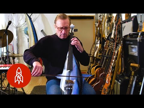 Making Musical Instruments Out of Garbage