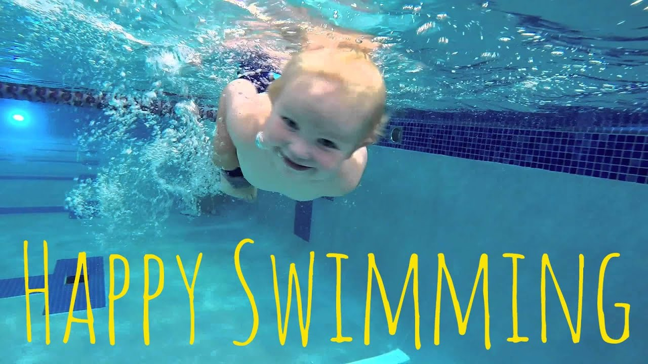Baby Dives Into The Swimming Pool And Swims With A Big Smile Youtube