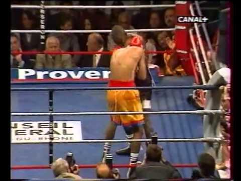 Mamadou Thiam vs Santiago Samaniego 2002 08 10