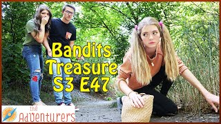 Spying On The Traitor! What Is She Doing?!? Bandits Treasure S3 E47