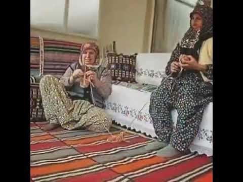 Köyde dinlerdik bu Türküleri indir