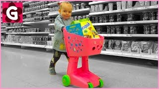 Gaby Loves Doing Grocery Shopping - Supermarket Song
