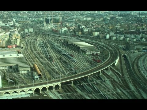 Trains Time Lapse - Zurich Main Station