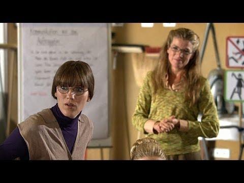 Die Putzhilfen-Schule - Ladykracher