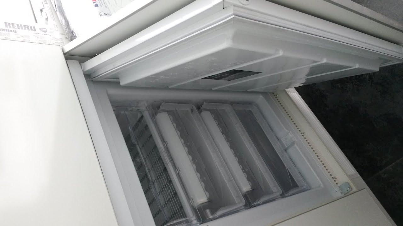 Шкаф на балкон, со встроенной морозильной камерой. фасады бе.