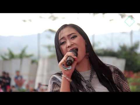 Lagi Syantik - Fira Azahra Om.ADELLA Live Darmayasa Banjarnegara