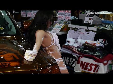 エロすぎるセクシー洗車ダンス②東京オートサロン2013  Sexy Car Wash AT Tokyo Auto Salon 2013 Models