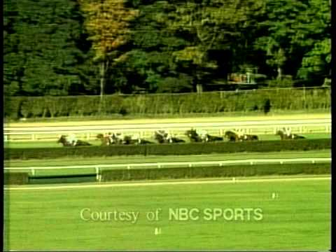 Legendary Lester Piggott amazing ride on Royal Academy the 1990 Mile