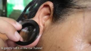 How to Put Large Tunnel Earings to Ear Tunnel Hole