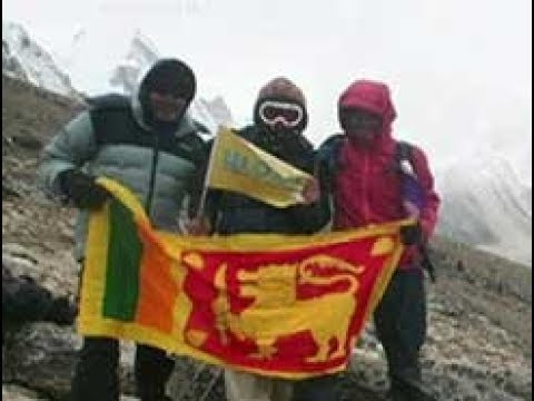 Sri Lanka's Johann Peries summits Mount Everest (English)
