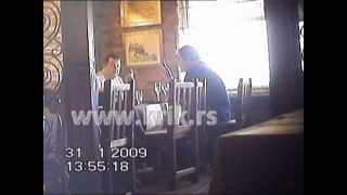 Ivica Dačić ruča sa švercerom kokaina Rodoljubom Radulovićem 31.01.2009 (KRIK video)