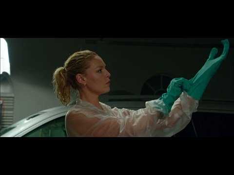 Katherine Heigl in Green Rubber Gloves