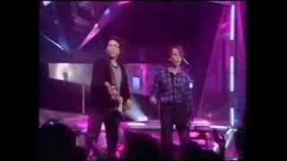 They might be giants - Birdhouse in your soul. TOTP original broadcast