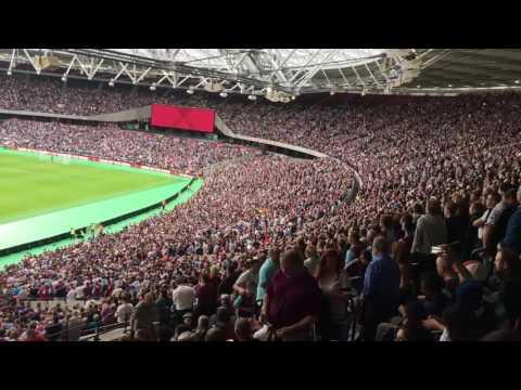 West Ham Olympic stadium bubbles⚒