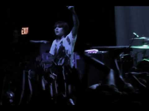 Bring Me The Horizon Live -