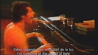 Repeat youtube video Don't Stop Me Now - QUEEN - live (subtitulada / lyrics en Español / Ingles)