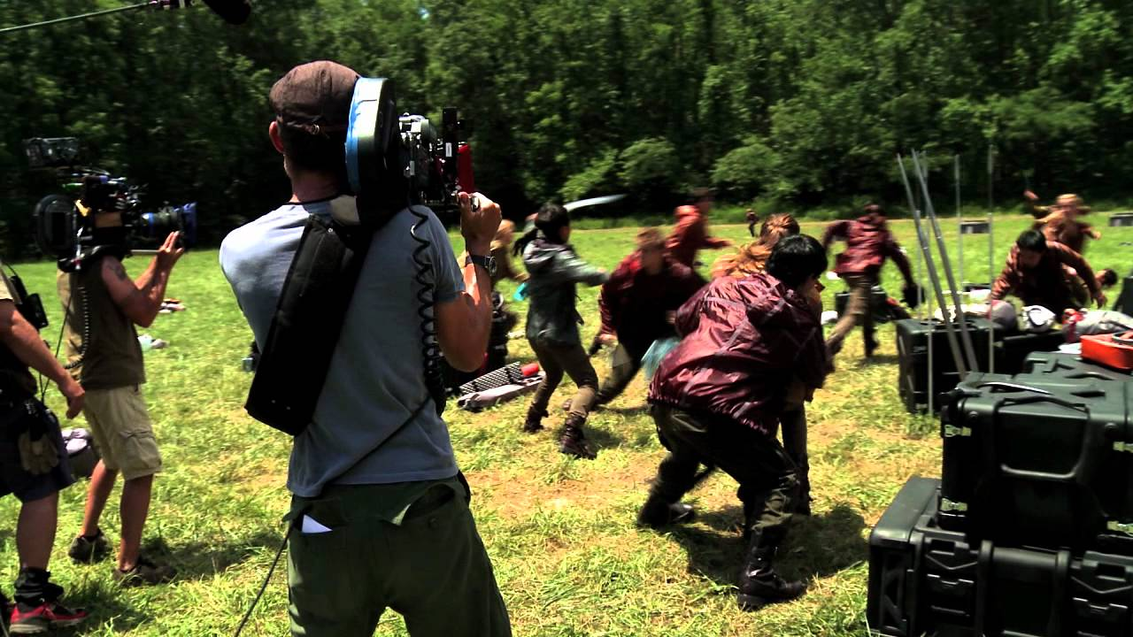 the hunger games bonus feature trailer youtube