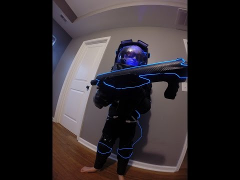 WOW!  Dad builds son a real kid size Mr. Freeze costume! bat